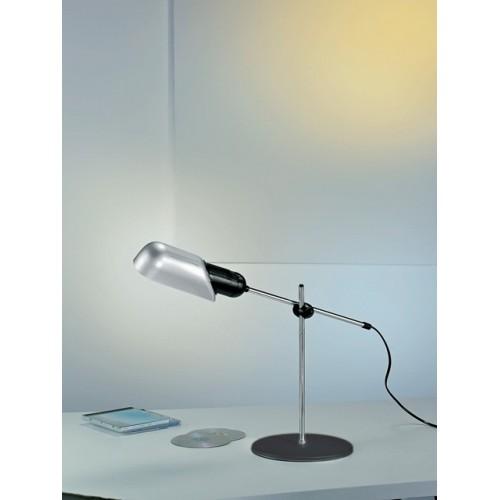 Boome lampada led da tavolo e scrivania for Lampade da appoggio
