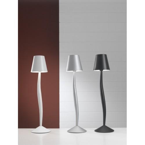 Sinuosa lampada led da tavolo e scrivania for Lampade da appoggio
